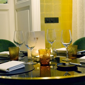 restaurant ronde tafel, restaurant round table