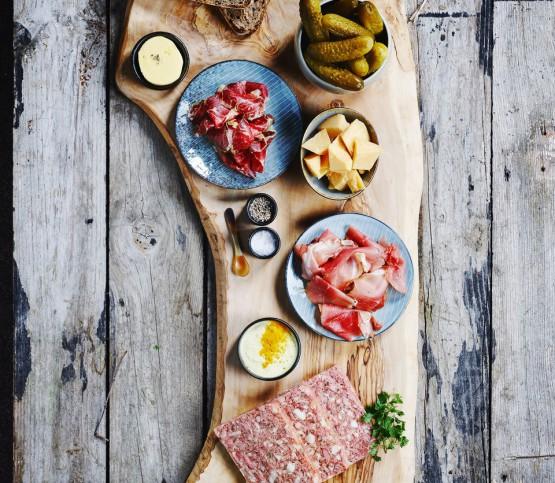 aperitiefplank brasserie, appetizer dish brasserie